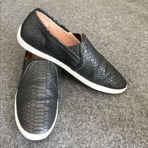 JOIE Kidmore Leather snake design Slip on Loafer